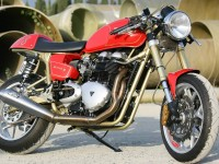Thruxton-and-Triumph-Tiger1-2